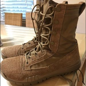 Nike SFB Field Leather Boots (Coyote) M7.5/W9